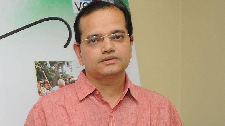'Main Khiladi Tu Anari' producer and 'Venus' owner Champak Jain passes away