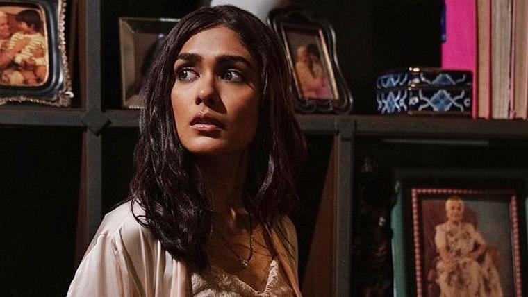 Karan Johar, Zoya Akhtar's 'Ghost Stories' to haunt you on New Year's Eve