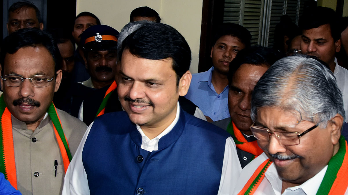 Maharashtra BJP moment of truth, Devendra Fadnavis faction hijacks party deliberations