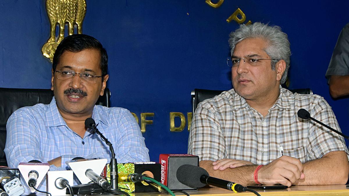Arvind Kejriwal with Kailash Gahlot