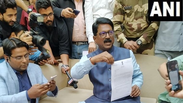President accepts Shiv Sena MP Arvind Sawant's resignation, gives portfolio to Javadekar