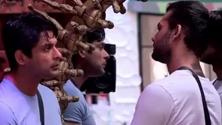 Bigg Boss 13: Vishal Aditya Singh changes the game of captaincy in the house