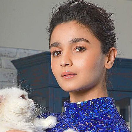 'I warned you': Alia Bhatt reacts as father Mahesh Bhatt loses his cool