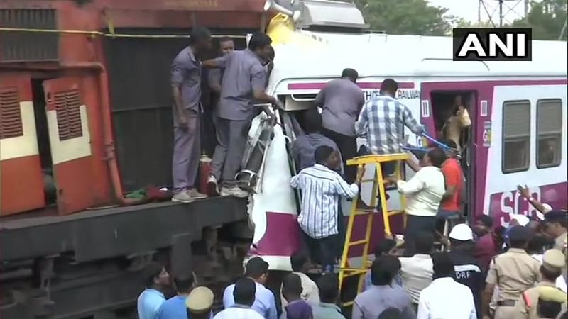 Hyderabad: 5 injured after two trains collide at Kacheguda Railway station