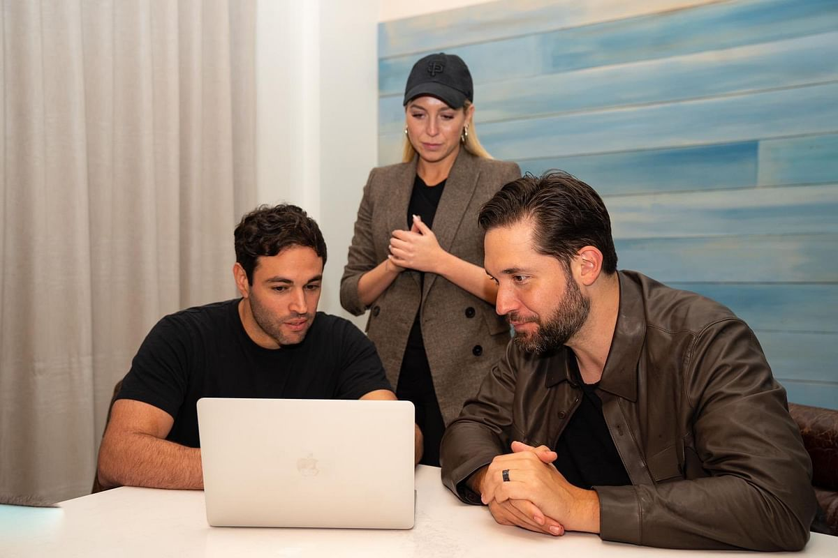 Gloria co-founders, Matias Castello and Victoire Cogevina, and Initialized co-founder Alexis Ohanian