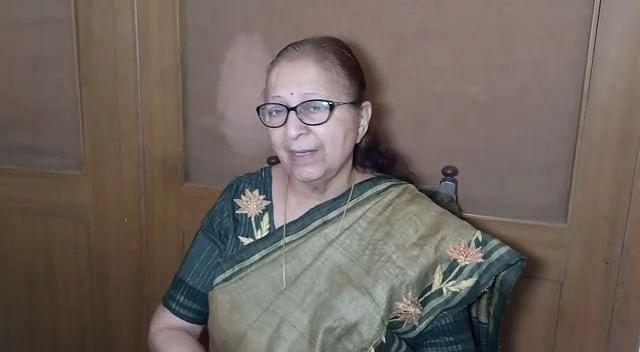 Indore: I am happy that people have finally got a govt: Mahajan