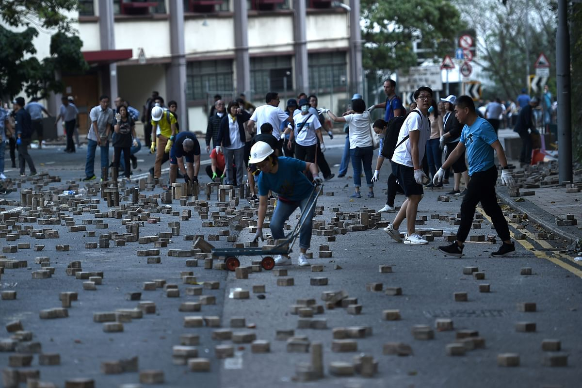 Clean-up begins after Hong Kong pro-democracy protest