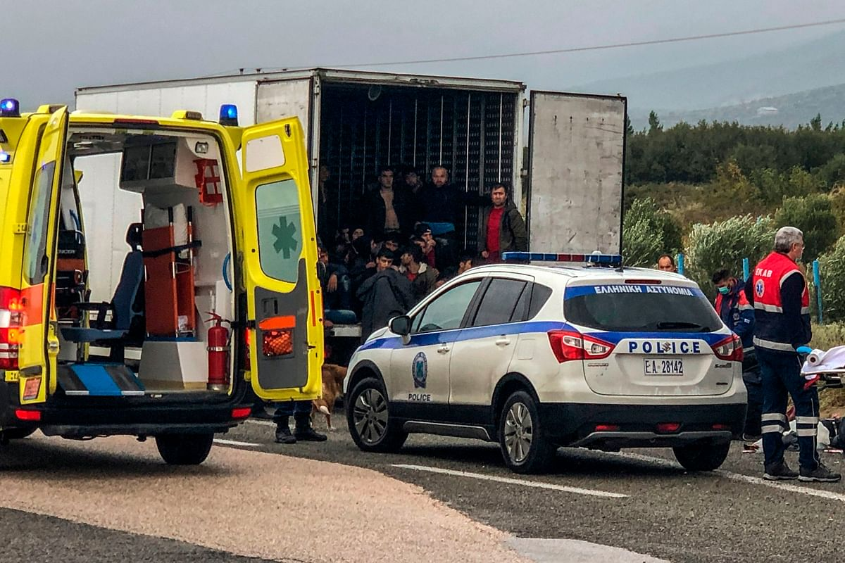 Greece: 41 migrants found alive in refrigerated truck