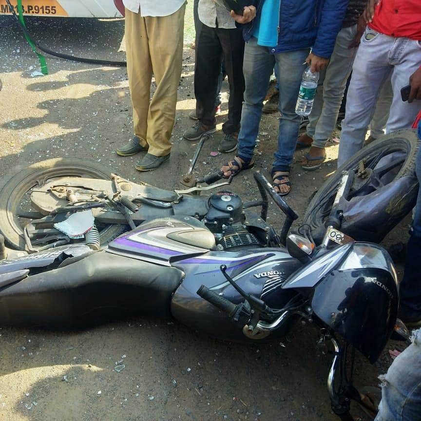 Ujjain: Trainee patwaries dies in road mishap