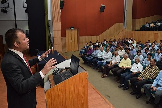 Indore: Perversion of integrity is also corruption: IIM-I director