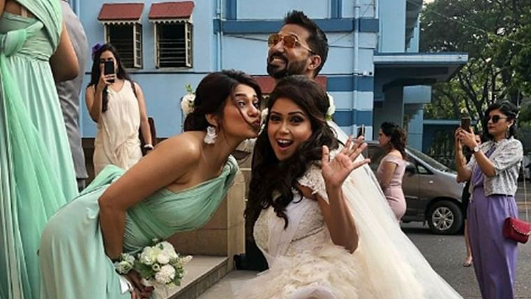 In Pics: 'Beyhadh' star Jennifer Winget turns bridesmaid for her manager