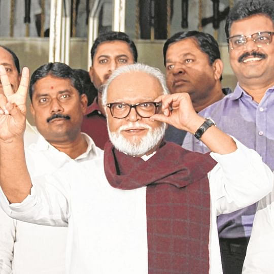 285 members take oath at Assembly's special session