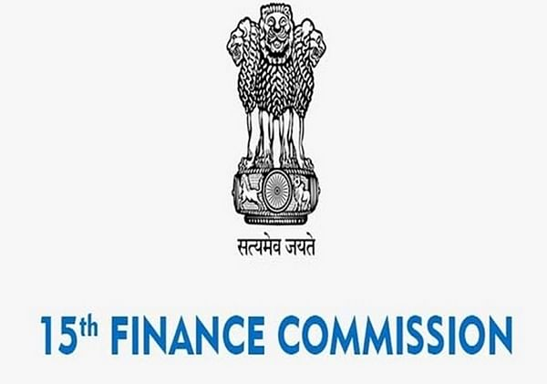 15th Finance Commission presents FY22-26 report to FM
