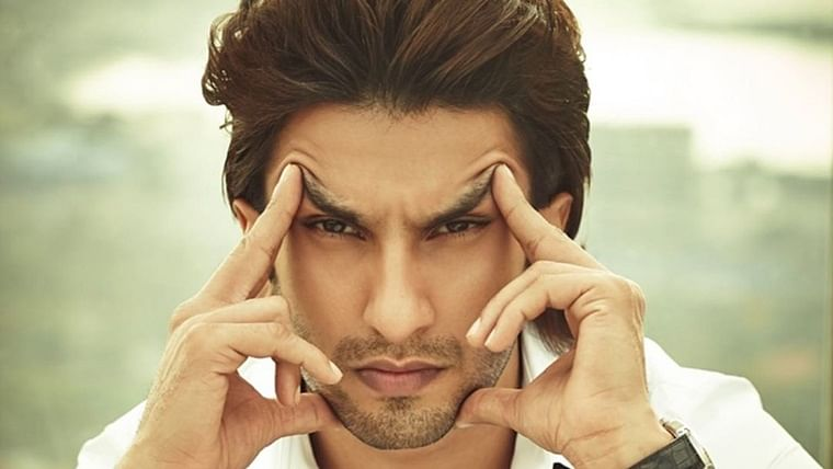 Ranveer Singh says he's not religious but prays to this entity