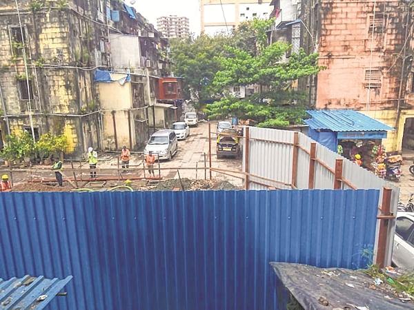 Worli BDD Chawls: BMC seeks school in one structure only