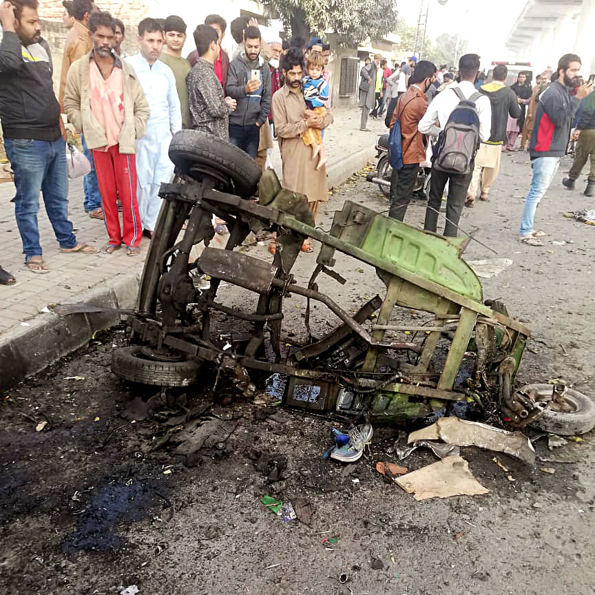 Pakistan: 10 injured in auto-rickshaw blast in Lahore
