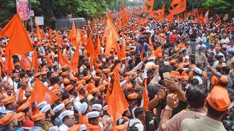 Mumbai: Shiv Sena workers protest over Metro 3 work in Girgaum, Kalbadevi