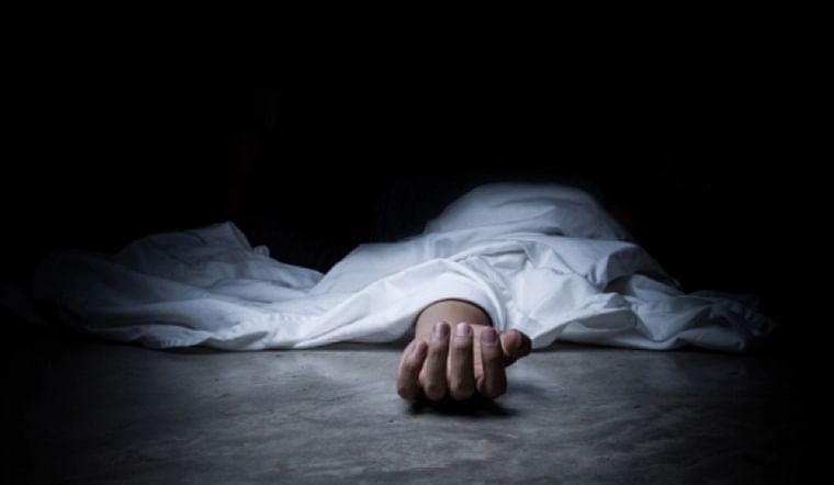 Mumbai: Labourer falls to death in Kandivli