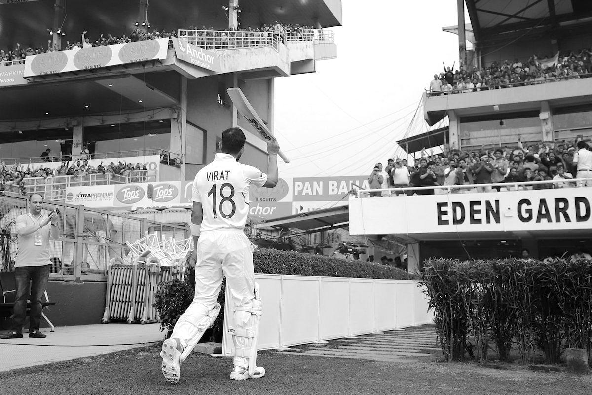Kohli walks off to applause