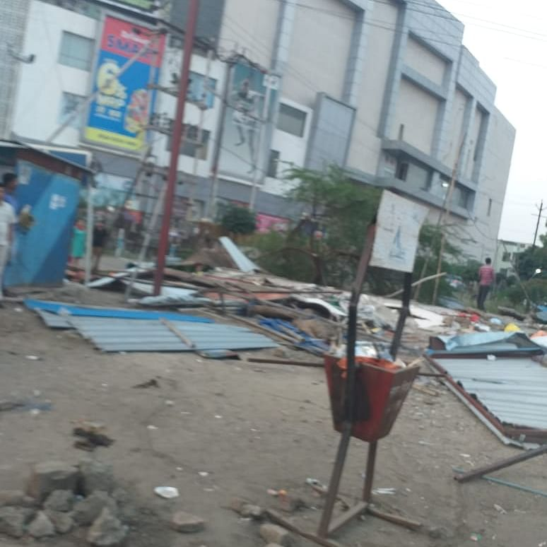 Bhopal: Encroachments near Ashima mall removed