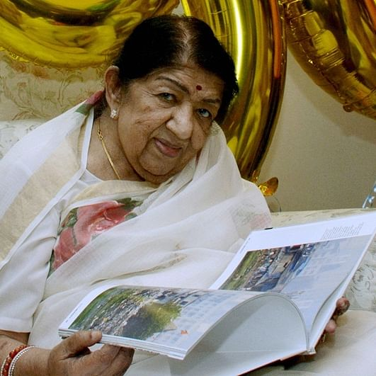 Lata Mangeshkar's death hoax goes viral on WhatsApp