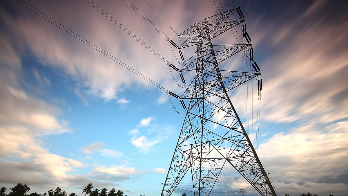 No tariff hike for next five years, 7 to 8 percent power tariff cut proposed in Maharashtra