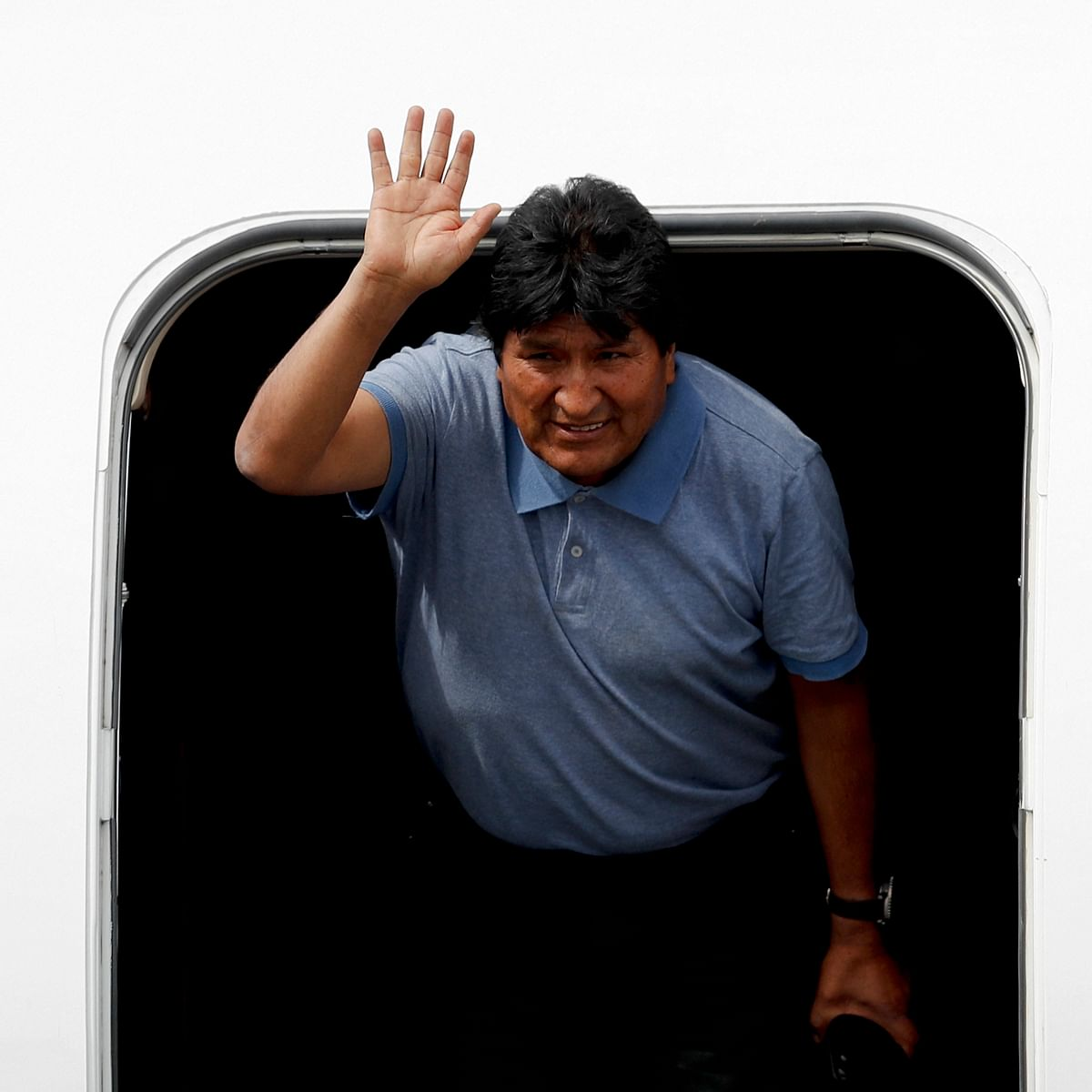 Mexico grants asylum to Bolivia's Evo Morales