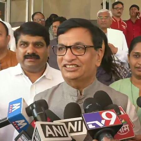 Sanjay Raut should be careful before making comments: Congress's Balasaheb Thorat