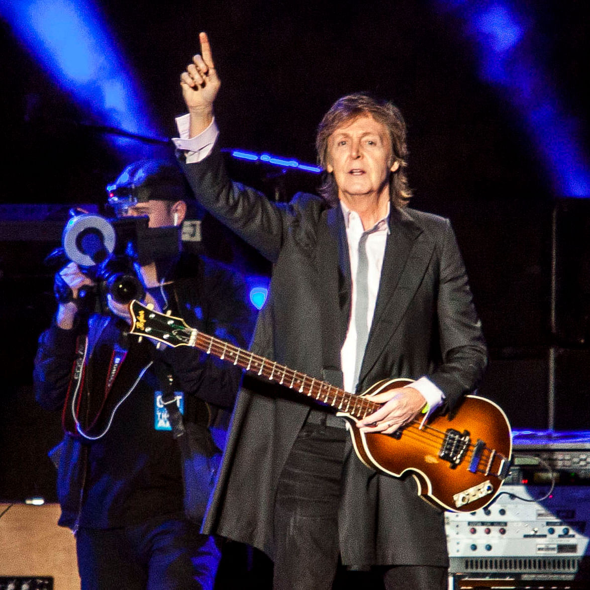 Paul McCartney honours late wife with vegetarian Christmas feast