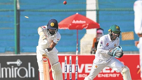 Pakistan fight back, but Sri Lanka in command
