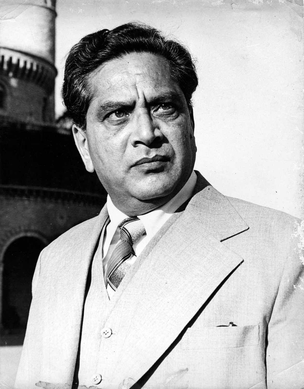 Dr. Shriram Lagoo