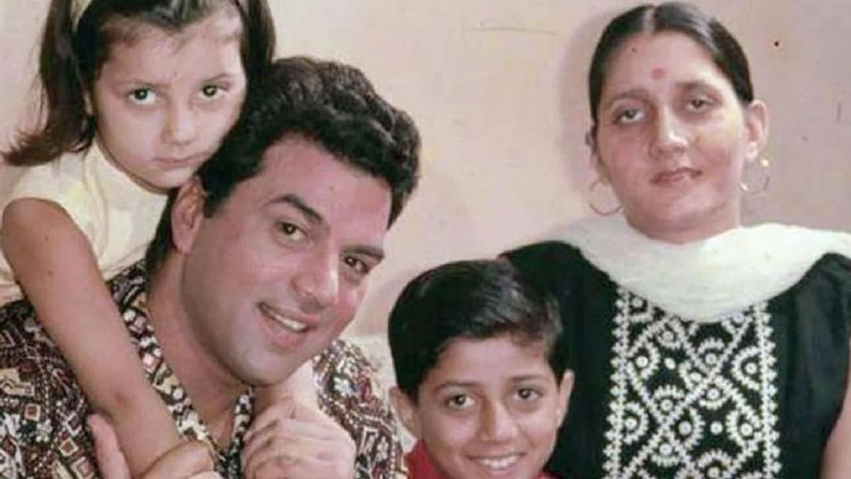 Dharmendra with his first wife and kids