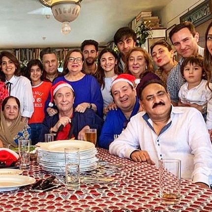 Karisma shares four generations of Kapoors in one Christmas photo-op