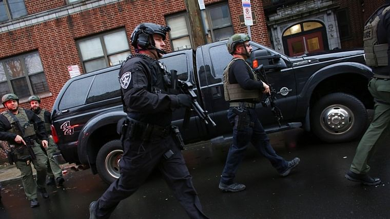 6 people, including police officer killed in New Jersey shooting