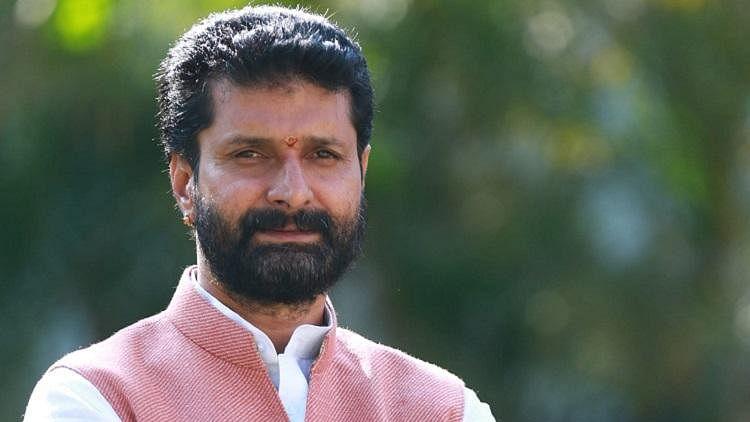Mansukh Hiren death case: Will 'Maharashtra Vinashak Aghadi' CM order NIA probe, asks BJP leader CT Ravi