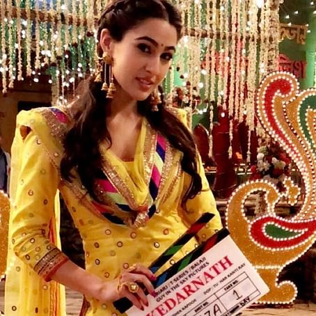 Watch video: Sara Ali Khan shares her 'Badtameez' moment from 'Kedarnath' sets
