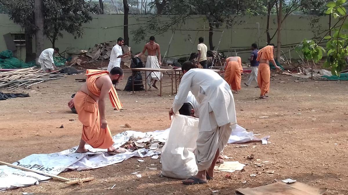 Swachata Abhiyan on the occasion of 98th Birth Celebrations of Pramukh Swami Maharaj