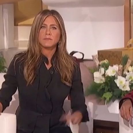 Jennifer Aniston bursts into tears during Ellen DeGeneres' special show