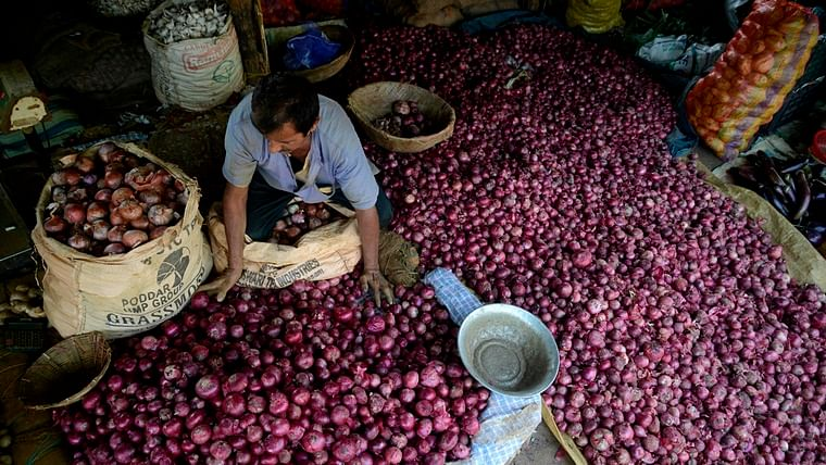 Put a tear in our eyes: Onion prices soar to Rs 140 per kilo in West Bengal markets