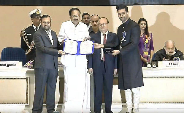 66th National Awards: Ayushmann Khurrana, Vicky Kaushal, Akshay Kumar receive their honours