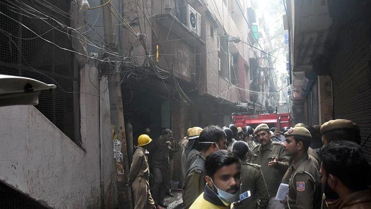 'Very very tragic incident', firemen doing their best: Arvind Kejriwal on Delhi fire