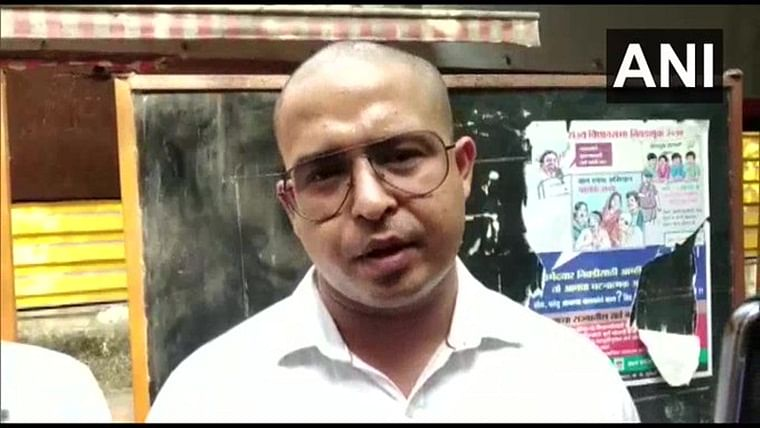 Wadala man alleges Shiv Sena workers thrashed him for FB post against Maha CM