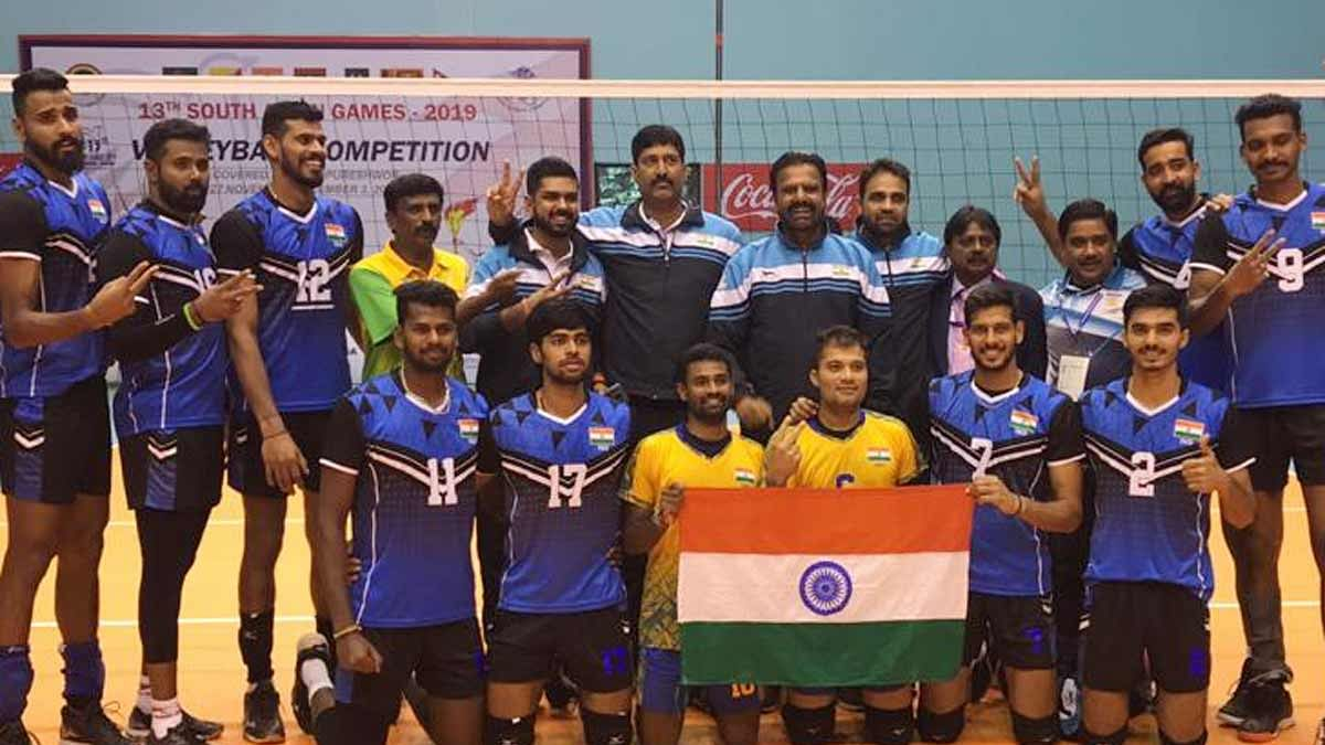 India Men's volleyball team after winning the gold medal at the SAG