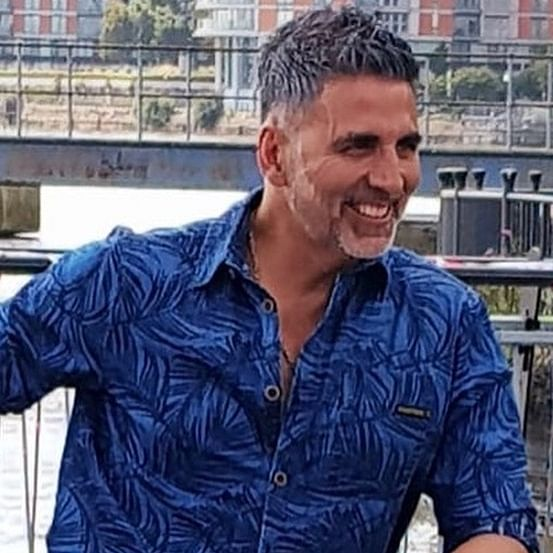 I have seen people's marriages breaking in front of me because of news: Akshay Kumar