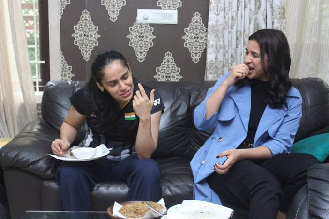 Saina Nehwal treats Parineeti Chopra with mother's special aloo parathas