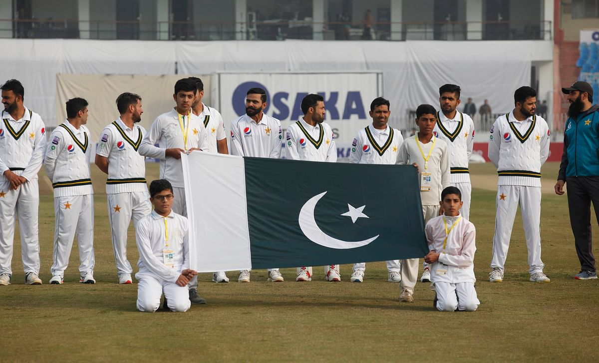 Pakistan vs Sri Lanka: Pakistan fans bunk schools and offices to attend the Test match