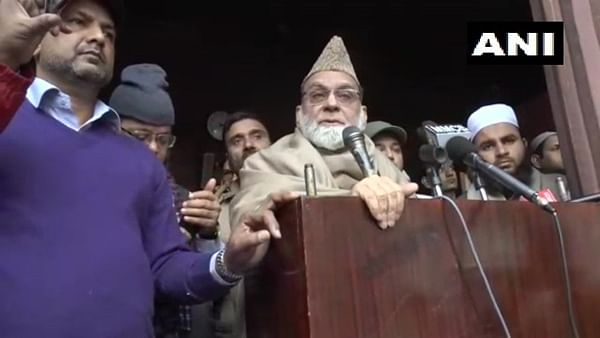 To protest is our democratic right, but keep your emotions under control: Shahi Imam of Jama Masjid on CAA protest's