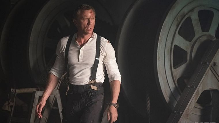 'No Time To Die' new poster: Daniel Craig takes aim for a final box office shot
