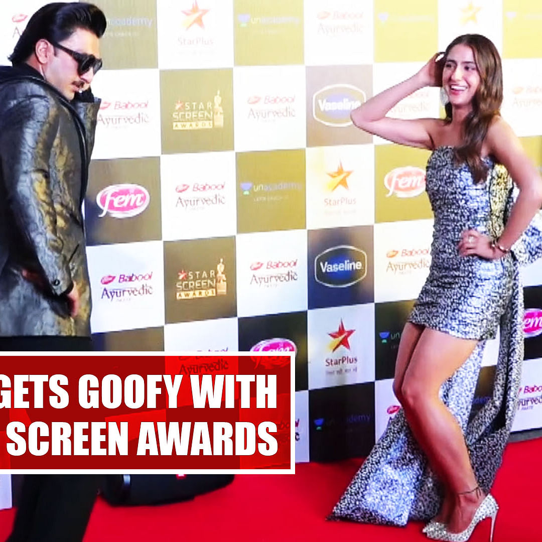 Ranveer Singh gets goofy with Sara, Shahid at Star Screen Awards