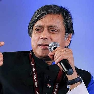 'Time someone gave him a taste of his own medicine': Shashi Tharoor tweets after Kunal Kamra heckles Arnab Goswami